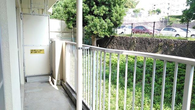 湘南カワマヒルズ 102号室のバルコニー