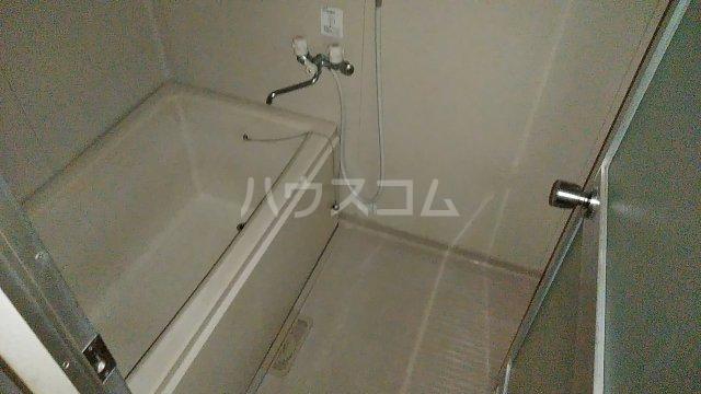 湘南カワマヒルズ 102号室の風呂
