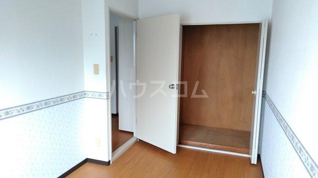 湘南カワマヒルズ 102号室の収納