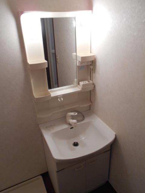 グランバリエ 106号室の洗面所