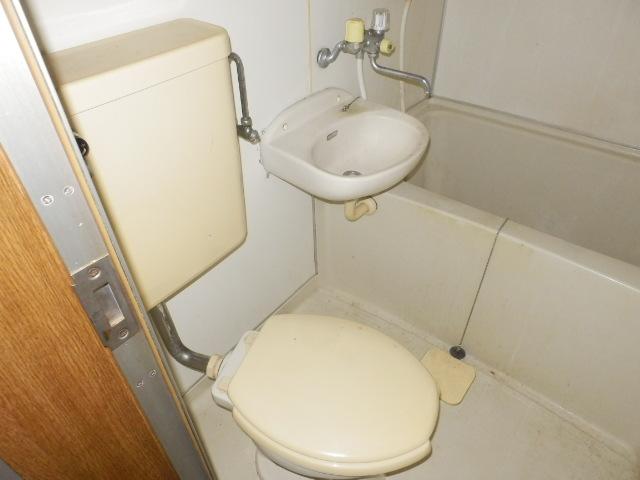 トーア・レジデンス 307号室のトイレ