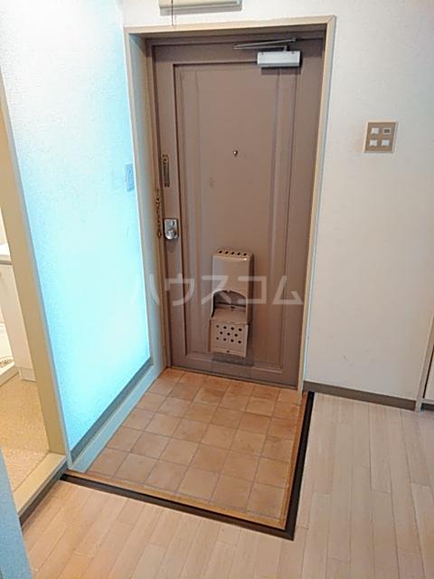 パークマンション 305号室の玄関