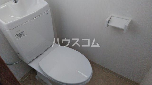 ビラ福一 401号室のトイレ