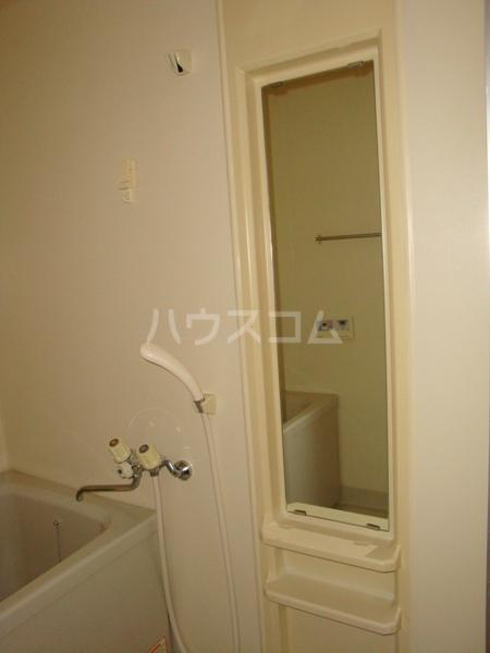第3高杉マンション 302号室の風呂