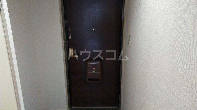 第3高杉マンション 302号室の玄関