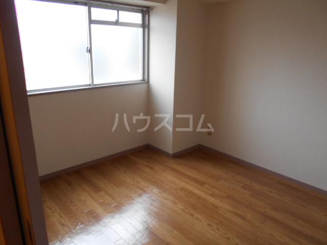 プレズ名古屋入場 403号室のベッドルーム