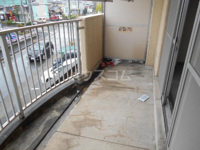 プレズ名古屋入場 403号室のバルコニー