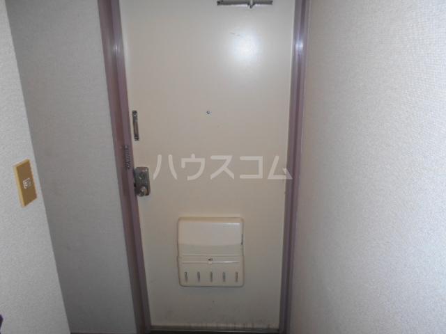 プレズ名古屋入場 403号室の玄関