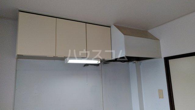 栄グランドハウス 201号室のキッチン