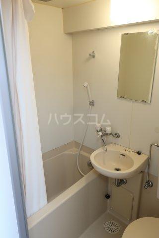 第2宮脇ビル 3F号室の風呂