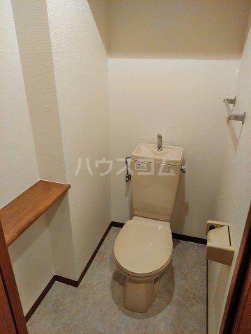 コアノス荒子 102号室のトイレ