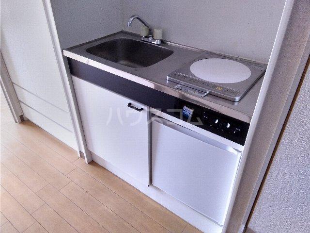 カルム亀島 605号室のキッチン
