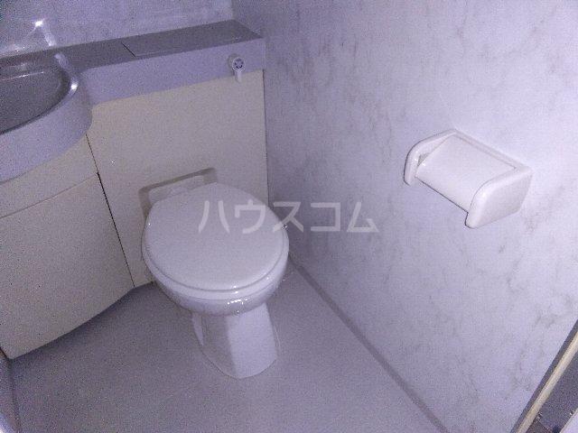 カルム亀島 605号室のトイレ