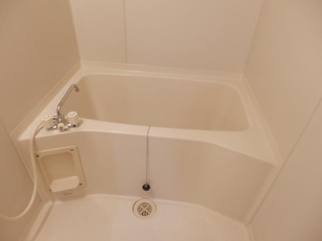 クレヴィア甚目寺 702号室の風呂