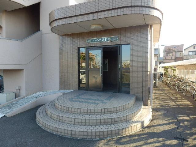 クレヴィア甚目寺 702号室のエントランス