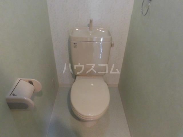 楓 305号室のトイレ