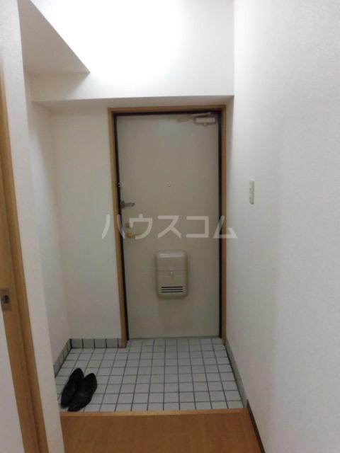 クオーレ 202号室の玄関