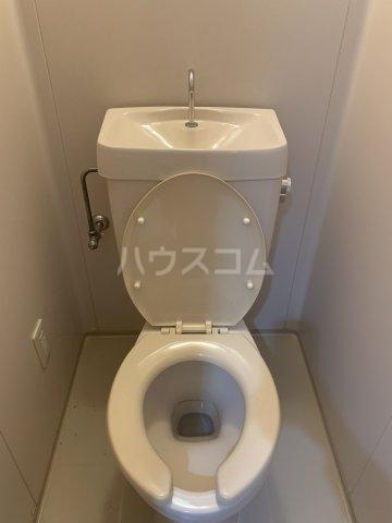 中花明豊ビル 3C号室のトイレ