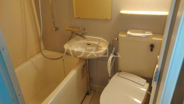 ビィシンク 305号室の風呂