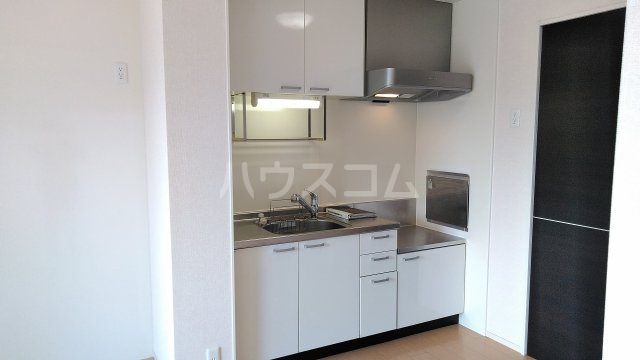 ラ ルーチェ 205号室のキッチン