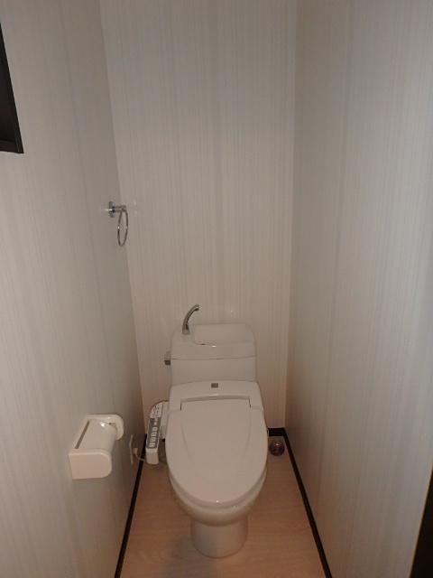 Villa BAGUSのトイレ