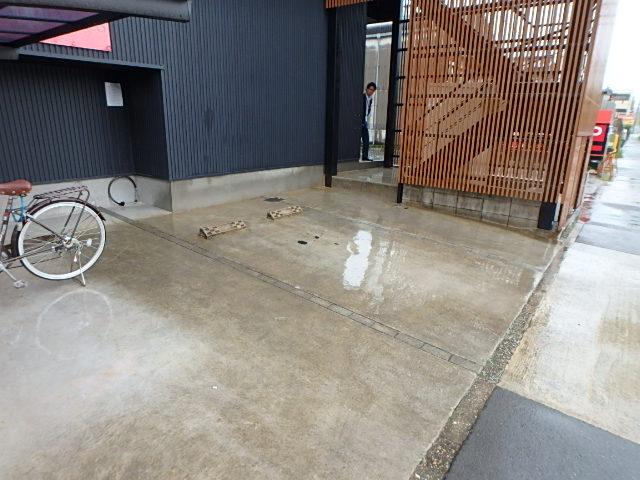 Villa BAGUSの駐車場