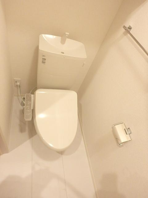 レクシオン横井 103号室のトイレ