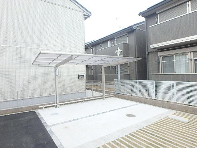 レクシオン横井 103号室のエントランス