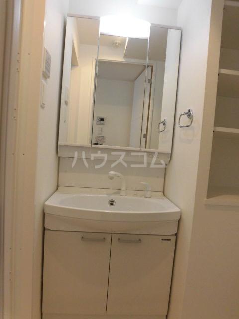 Comfortささしまライブ 202号室の洗面所