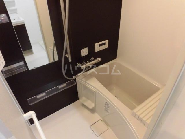 コスモハイツ高畑 102号室の風呂