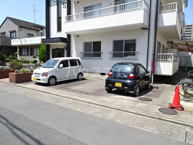シティコーポ春田 203号室の駐車場