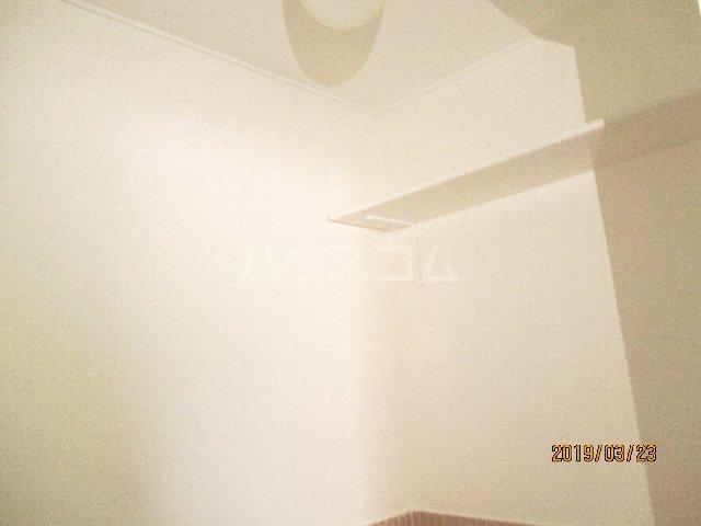 醍醐ハイツ 105号室のトイレ
