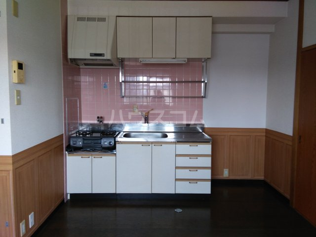 ガウディ割塚 153号室のキッチン