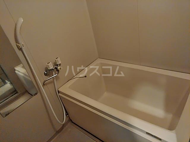 グリ-ンヒルJ&J 203号室の風呂