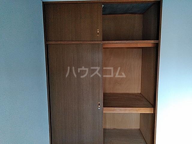 グリ-ンヒルJ&J 203号室の収納