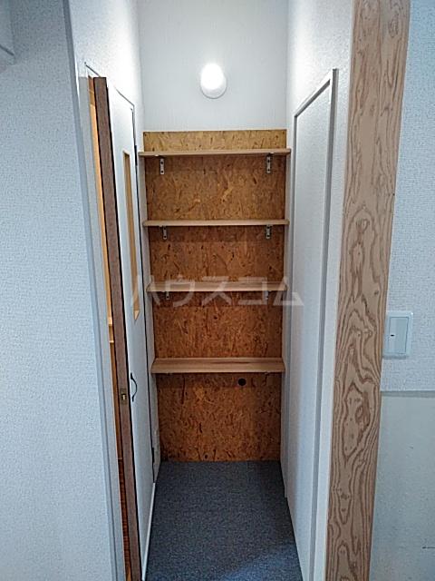 楠荘 3号室の収納