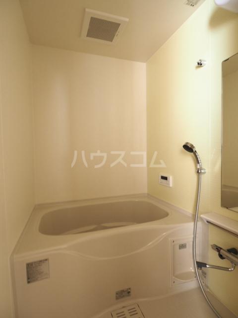 メゾン木村 308号室の風呂