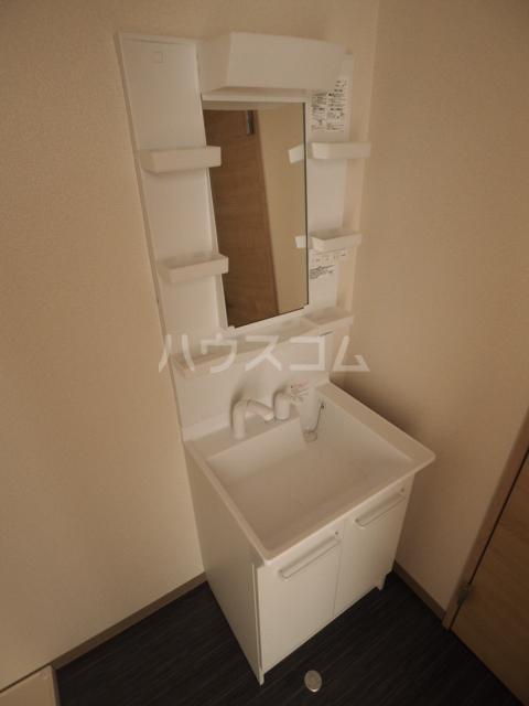 メゾン木村 308号室の洗面所