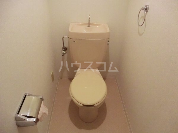 エルグランデ味美 2B号室のトイレ