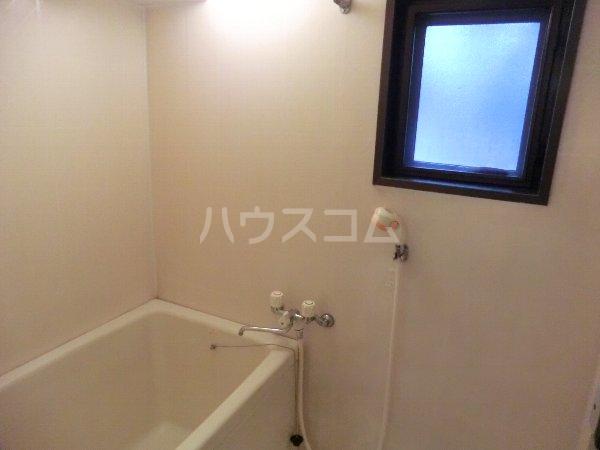 エルグランデ味美 2B号室の風呂