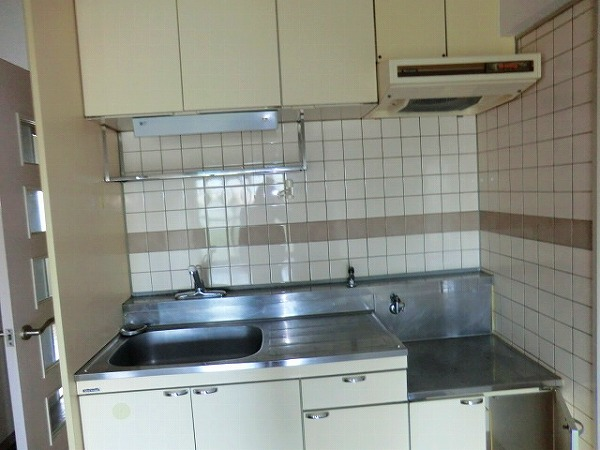 セジュールヒロ 301号室のキッチン