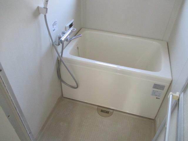 サンハイツ柏原 305号室の風呂