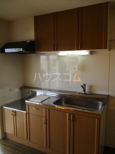 コーポ比叡 201号室のキッチン