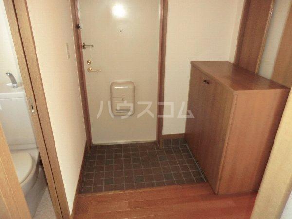 ガウディ田酉 2B号室の玄関