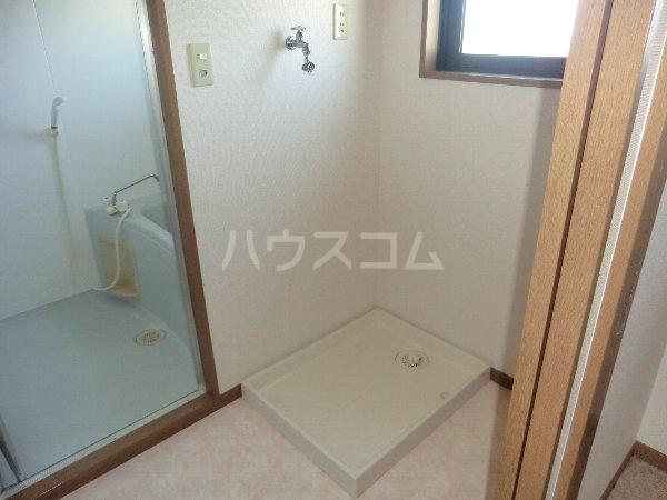 ガウディ田酉 2B号室の洗面所