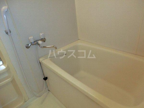 グリーンハイツ春日井 202号室の風呂