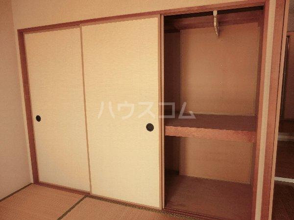 グリーンハイツ春日井 202号室の収納