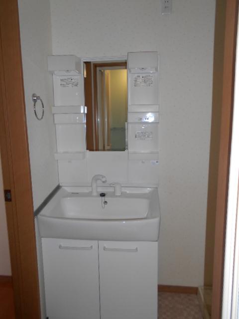 プライムアセット朝宮の洗面所
