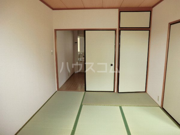 フォレスト 102号室の居室