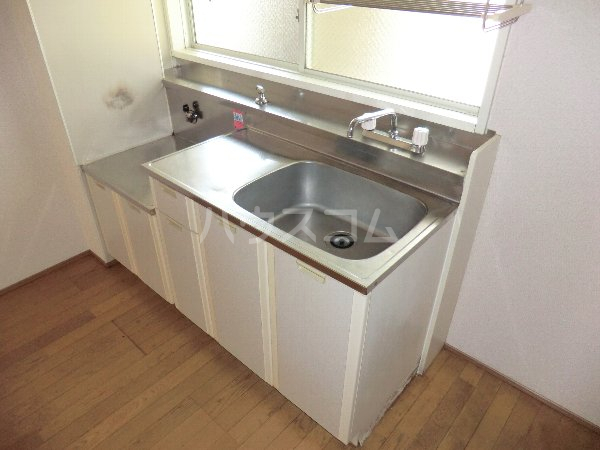 フォレスト 102号室のキッチン